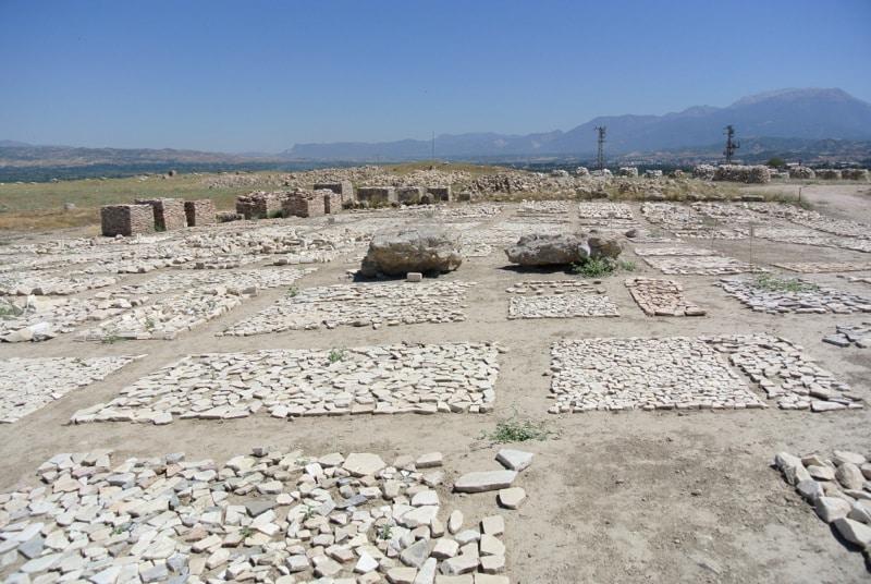 laodicea-stones2