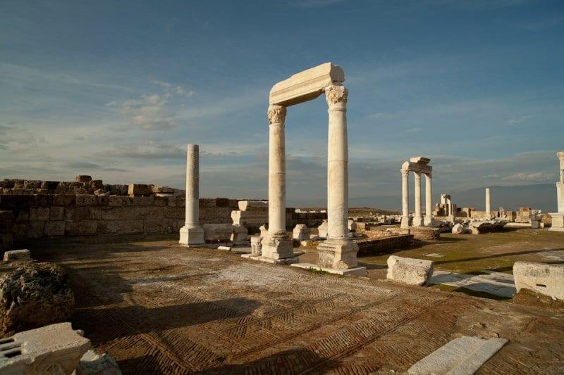 laodicea-temple-2